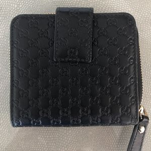 Gucci Black Gg Micro Guccissima Leather Zip